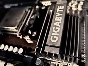 fungsi-cmos-pada-motherboard