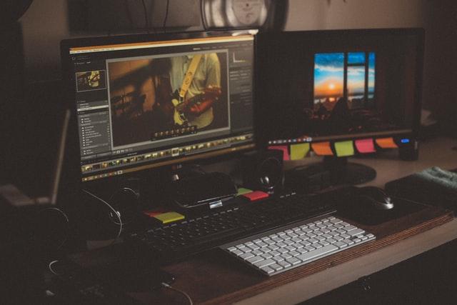 cara-menggunakan-dua-monitor-pc