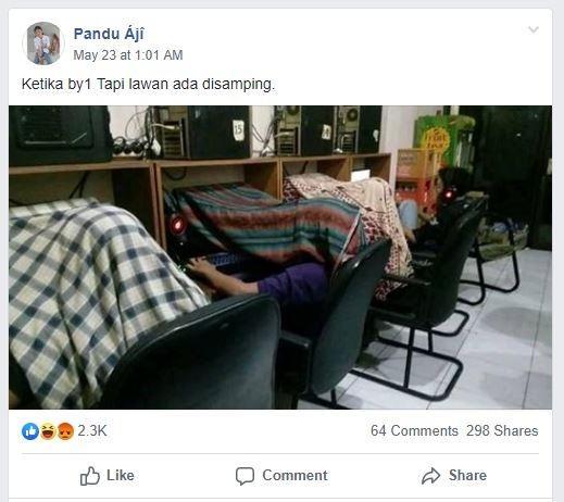 Kelakuan anak warnet saat main Point Blank. (Facebook/ Pandu Aji)