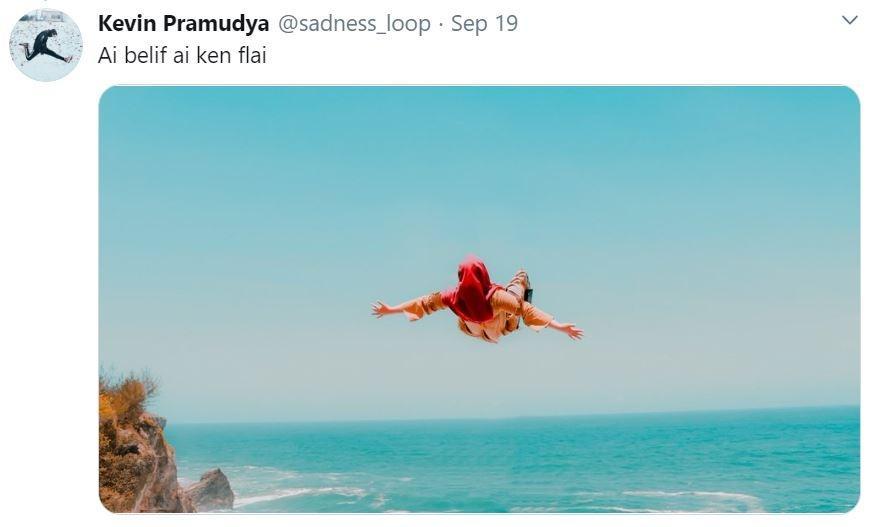 Minta Edit Foto, hasil yang diberikan Netizen Indonesia di luar dugaan. (Twiiter/ sadness_loop)