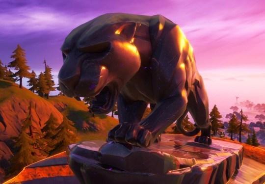 Monumen Black Panther di Fortnite. (Fortnite)