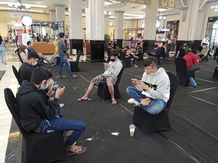 Suasana gamer saat berlaga di JCM Esports Championship Chapter 4. (HiTekno.com)