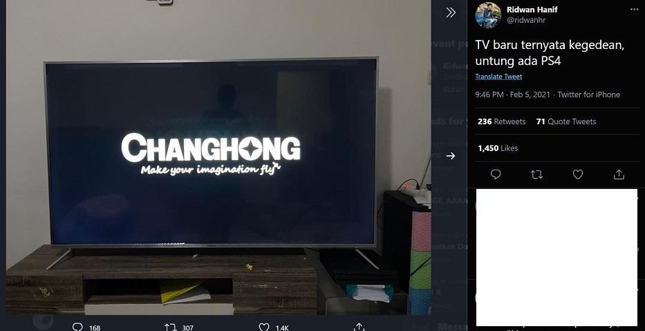 PS4 Pro Jadi Ganjalan TV Baru. (Twitter/ @ridwanhr)