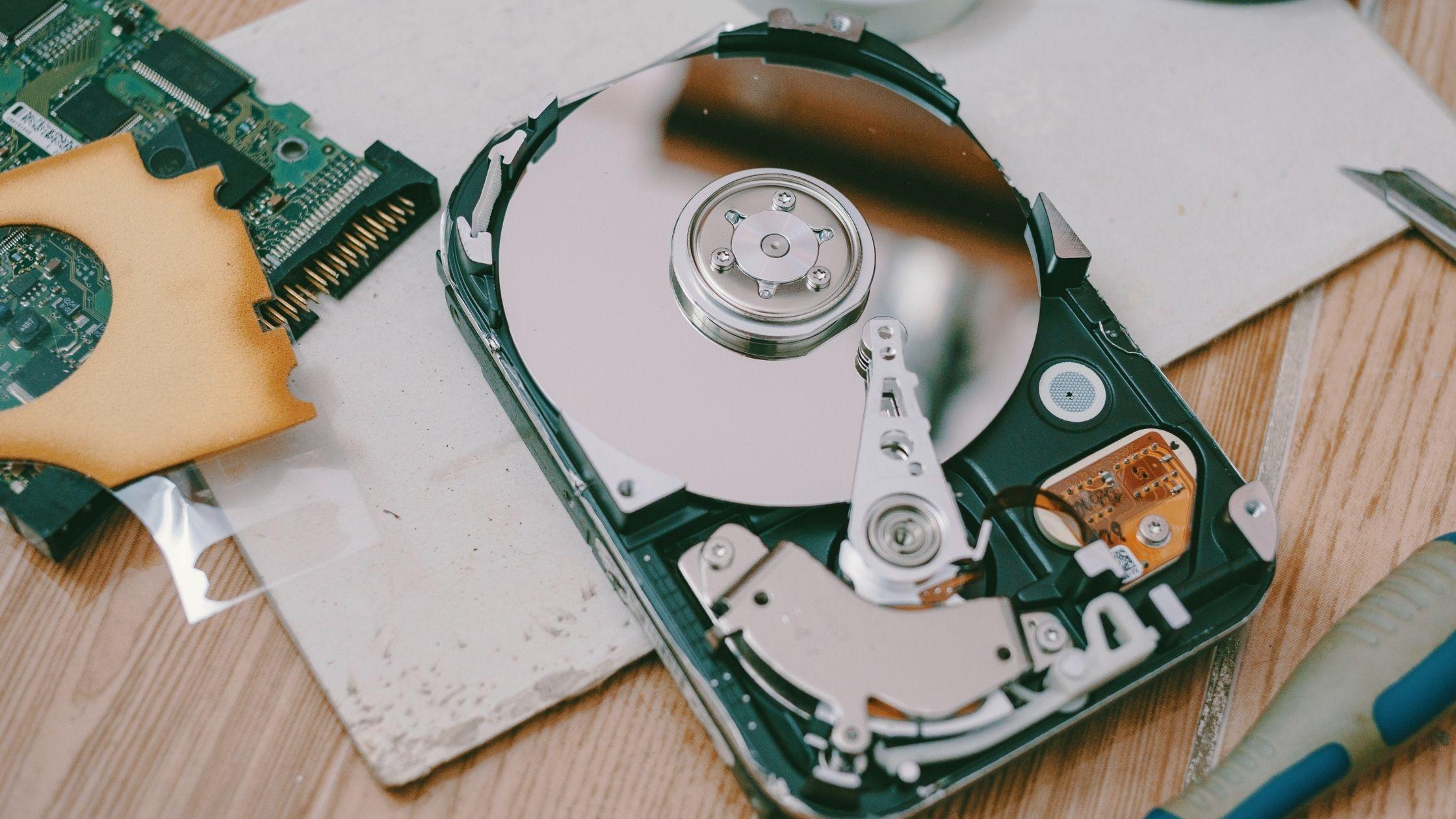 hardisk-rusak-data-hilang-computory